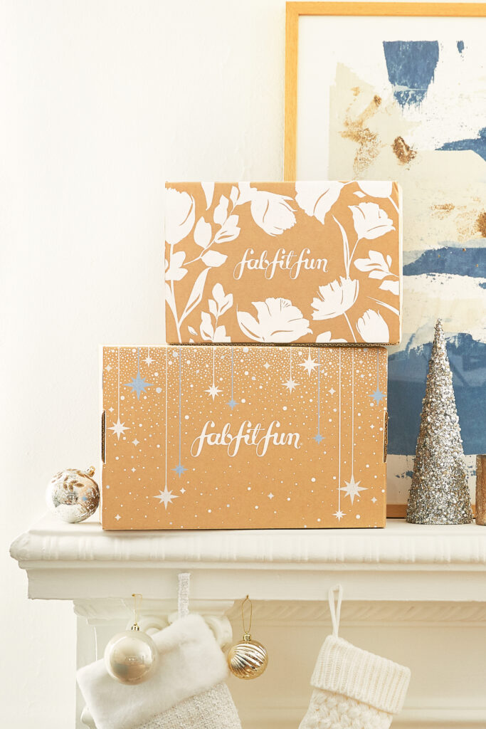 FabFitFun winter box black friday cyber monday specials 2020, christmas gift ideas for her, christmas wish list, treat yoself christmas, holiday wish list for her.